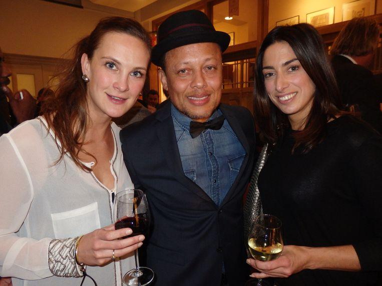 Sonia Flestetics de Tolna (gravin), Sam de Wit van Re-Play en Mirjam Dandan (Ralph Lauren) (vlnr). Beeld Schuim