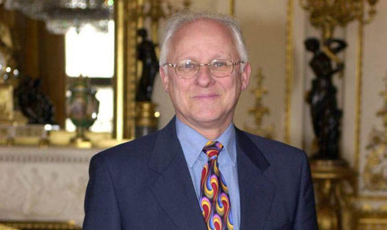 Dickie Arbiter, de voormalige woordvoerder van de Queen.