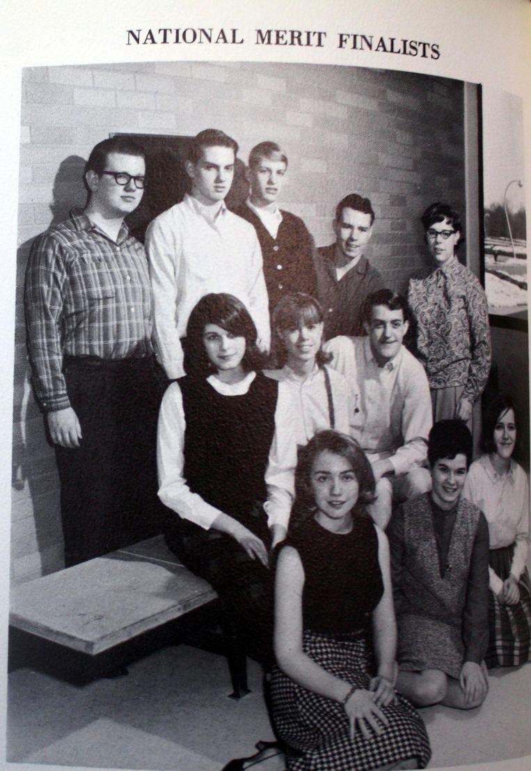 Hillary Clinton (voorste rij, links) als scholiere van de Maine Township High School District 207 in Park Ridge, Illinois. Beeld afp