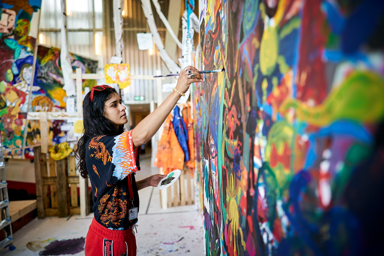 Kunstenaar Roxette Capriles  werkt mee aan het project All You Can Art in de Kunsthal in Rotterdam.