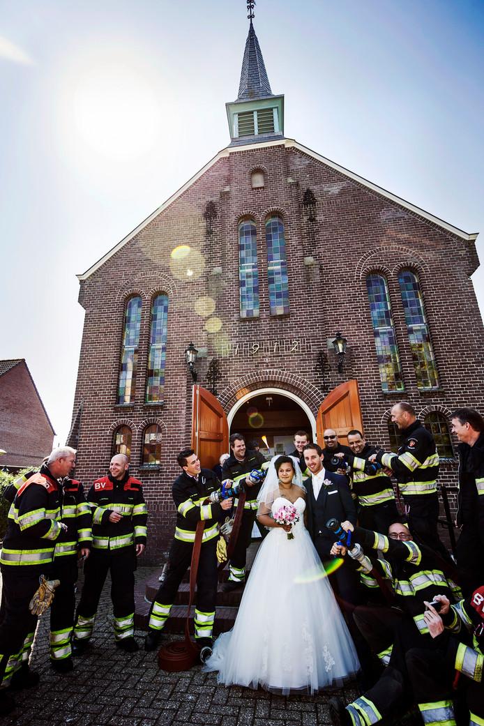 Trouwen In De Kerk Holt In Bisdom Den Bosch Achteruit