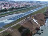 Vliegtuig schiet van baan en plonst bijna in de Zwarte Zee