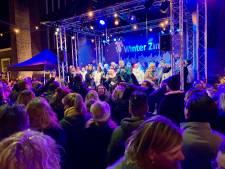 Glüwhein, marshmallows en meeblèren met kerstklassiekers tijdens winterse Tilburg Zingt
