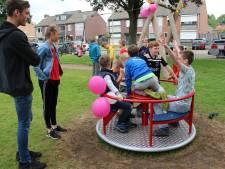 Eindeloos kinderspel op nieuwe terrein aan Wouwse Ridderstraat