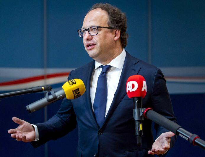 Minister Wouter Koolmees van Sociale Zaken voelde zich twee weken geleden 'echt shit' nadat de FNV de stemming over de uitwerking van het pensioenakkoord had uitgesteld. Inmiddels is hij hoopvol dat de bond instemt.