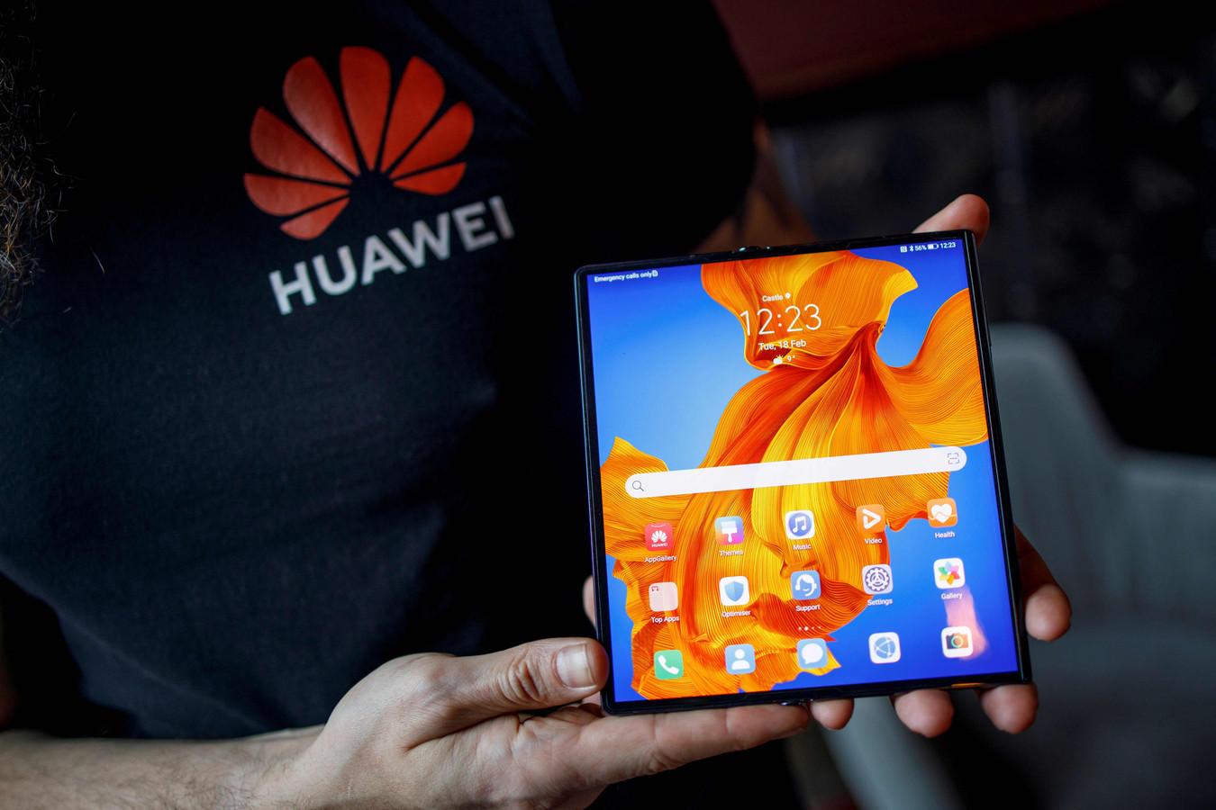Huawei heeft de nieuwe Mate XS voorgesteld aan de pers in Barcelona.