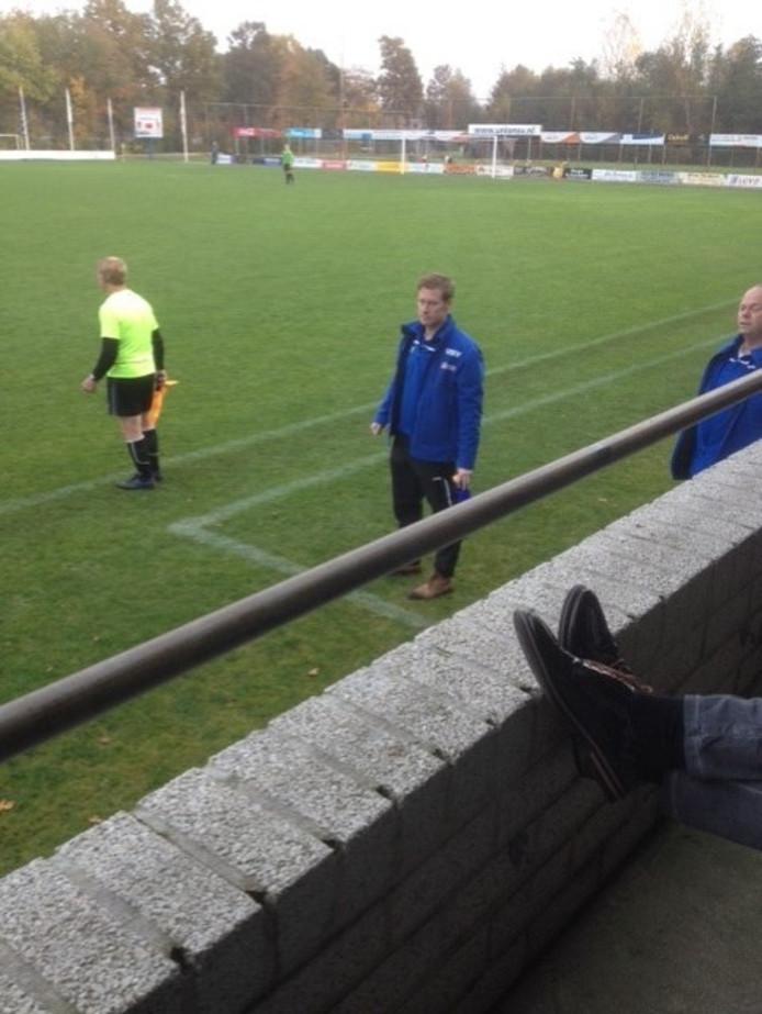 USV-trainer Theo van 't Zand ging regelmatig tekeer, net als OVC'21-collega Nico Kats