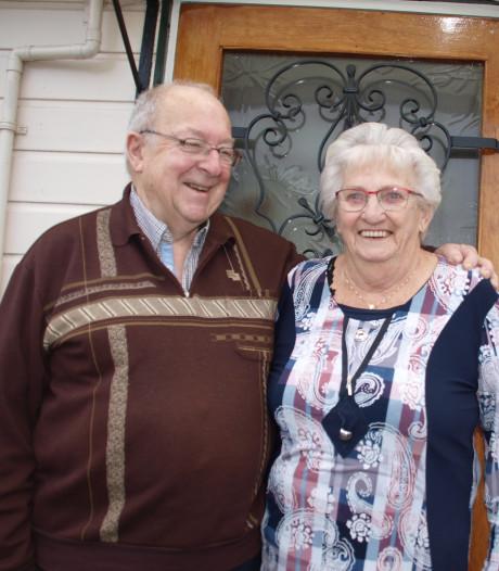 Niet op elkaars lip zitten is na 60 jaar huwelijk het geheim van Gijs en Jannie