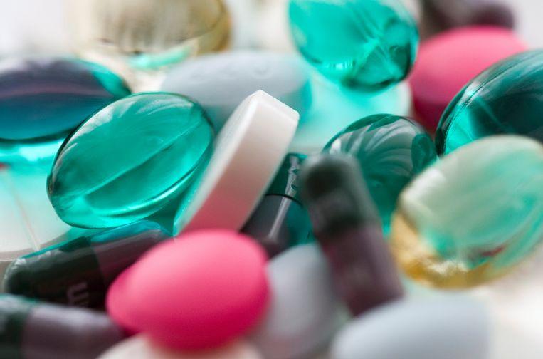 Diverse pillen en capsules.  Beeld Lex van Lieshout