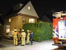 Twee mensen onwel door onbekende oorzaak in woning in De Lier