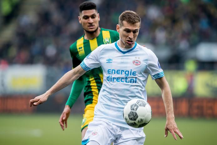 Daniel Schwaab tijdens het duel met ADO Den Haag van vorig seizoen.