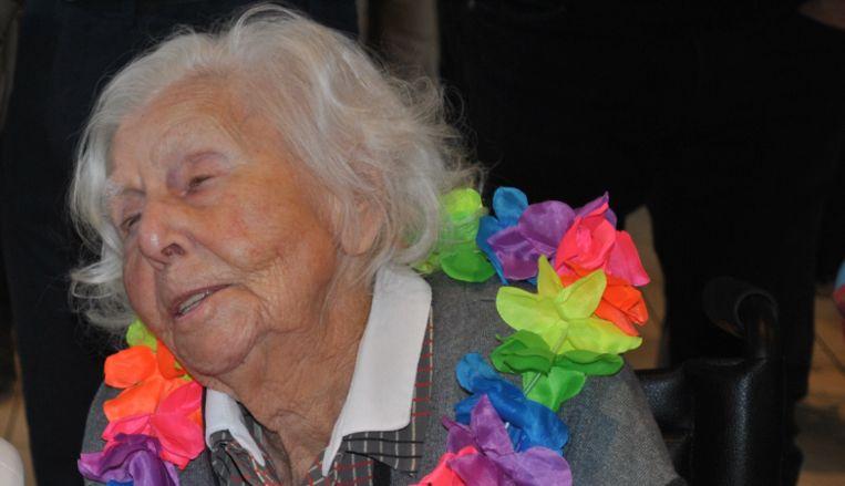 Fernande De Raeve is vier dagen na haar 111de verjaardag overleden.