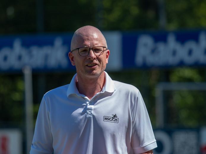HSC-coach Daniël Nijhof zag zijn ploeg kansloos verliezen bij Blauw Geel. Een nieuwe domper na de eerder al de nederlaag bij Staphorst.