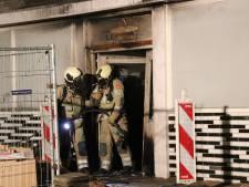 Dertien woningen ontruimd na brand in sportschool in Utrechts winkelcentrum