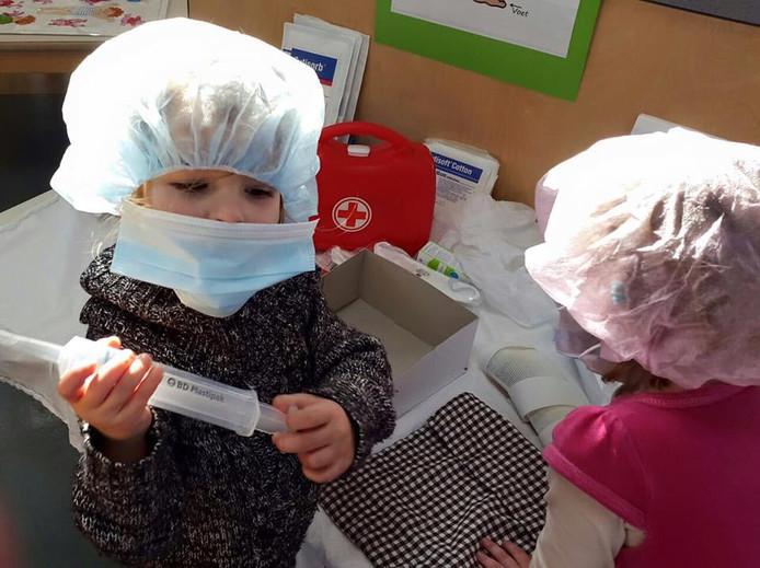 Kinderen die niet zijn ingeënt, komen er zodra de wet is aangepast niet meer in bij vestigingen van Kinderopvang Nissewaard.