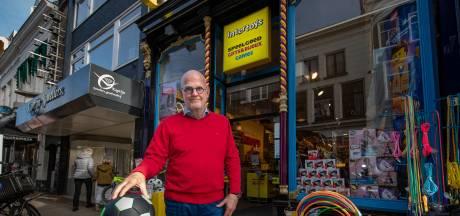 Jan de Groot (71) behoedt zoon voor failliet Intertoys in Kampen: 'Wil mijn kinderen niet met probleem opzadelen'