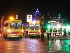 Vier gewonden door aanvaring pont en schip op het IJ