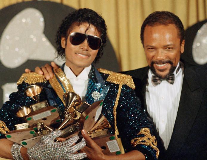 Jones (R) met Michael Jackson na de uitreiking van de Grammy prijzen in 1984.