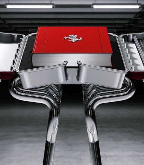 Dit boek van Ferrari kost 25.000 euro