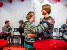 Gezocht: millennials voor valentijnsdate met eenzame senioren
