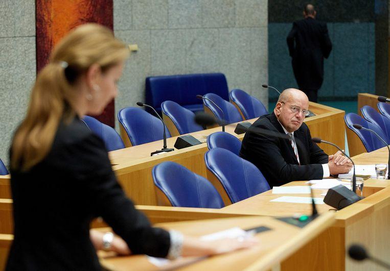 PVV-Kamerlid Lilian Helder in debat met staatssecretaris Teeven. Beeld ANP
