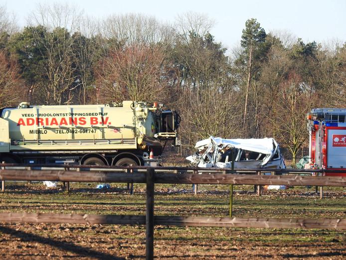 Doden en zwaargewonden bij ernstig ongeval op N270 bij Helmond.