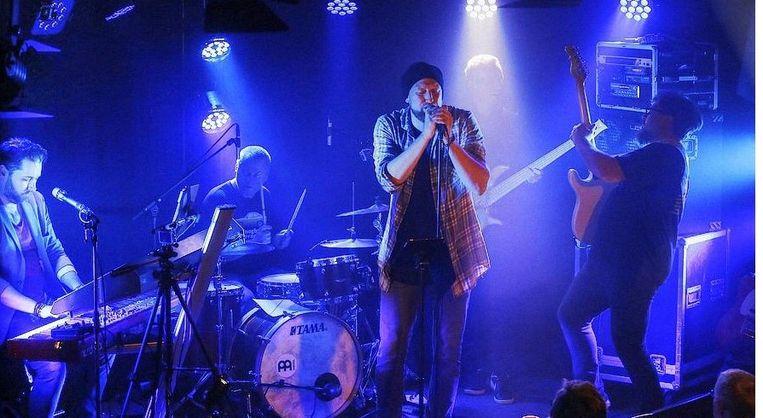 Yoeri Mellaerts met zijn band BYNK