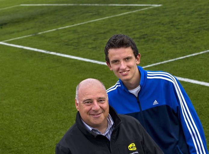 Dick Bijkerk (links) begon als keeper bij de amateurs van Feyenoord. Foto René Manders/fotomeulenhof