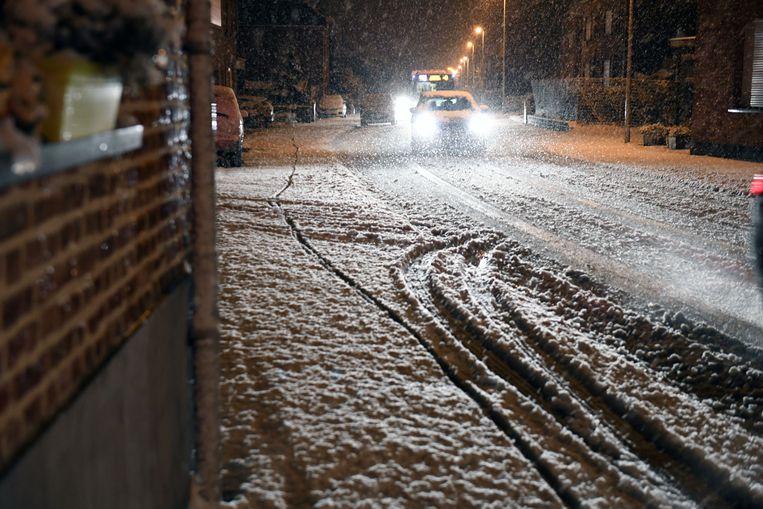 Voor zover bekend gebeurden er geen zware ongevallen door de sneeuwval.