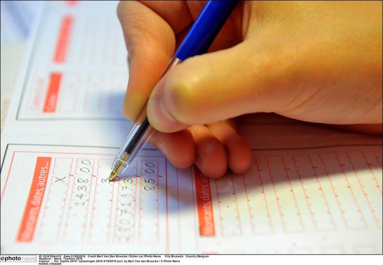 Illustratiebeeld belastingen invullen pict. by Bert Van den Broucke / © Photo News