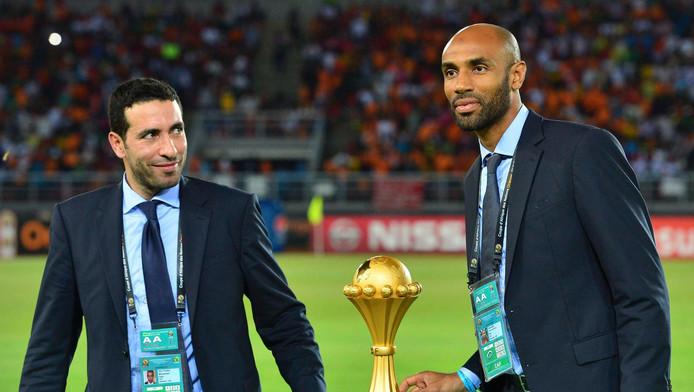 Mohamed Aboutrika (links) met Frederick Kanoute bij de Afrika Cup in 2015.