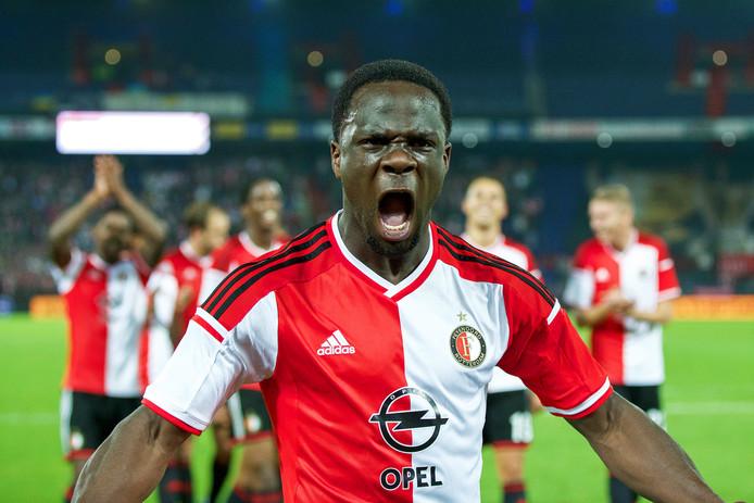 In 2014 was Elvis Manu publiekslieveling bij Feyenoord. Vijf jaar later voetbalt hij in China.