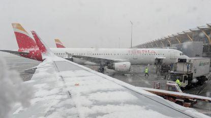 Luchthaven Madrid sluit pistes na zware sneeuwval