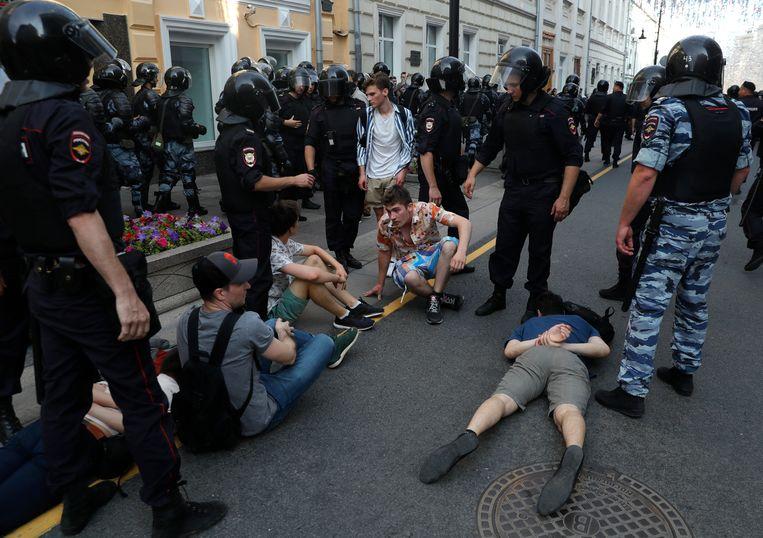 De demonstranten werden afgelopen zaterdag gearresteerd in Moskou.