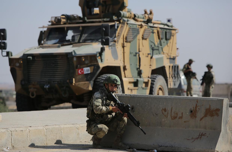 Turkse troepen in Noord-Syrië. De regering van president Erdogan stuurt nu ook militairen naar Libië.