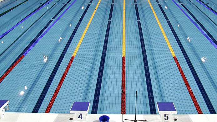 Waterpoloclubs zien niets in zwembad op zuid rotterdam ad.nl