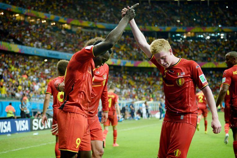 In de achtste finales wint België van de VS na verlengingen, in een match die slecht is voor hartlijders. In de kwartfinale wacht Argentinië.