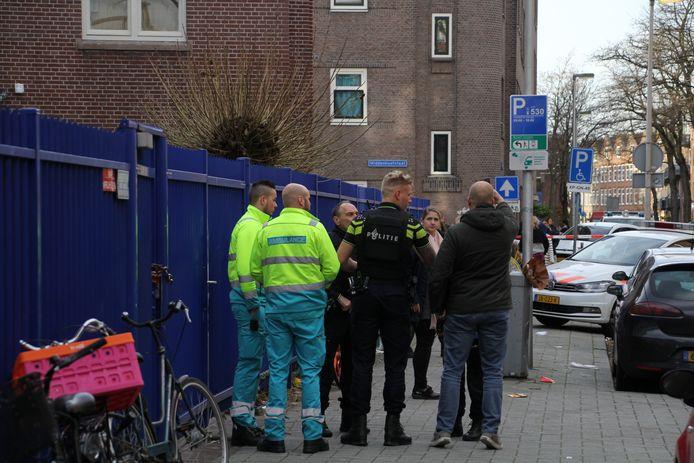In het Designcollege aan de Essenburgstraat in Rotterdam heeft een schietpartij plaatsgevonden waarbij een 16-jarig meisje is overleden.