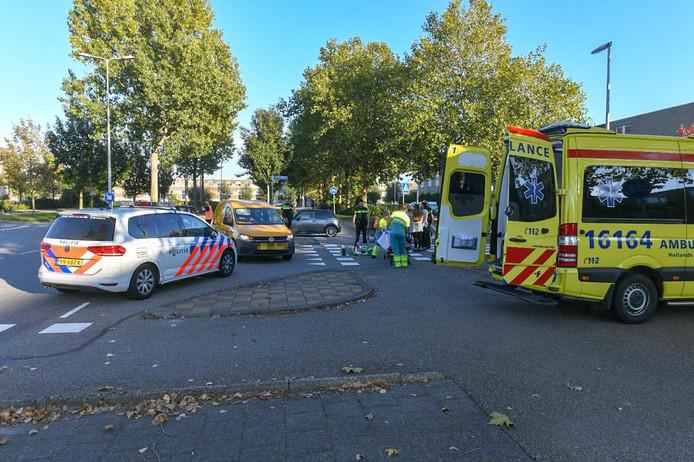 Fietser aangereden op de Horstenweg in Alphen.