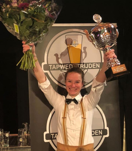 Amber (26) uit Soest tapt het beste biertje van Nederland