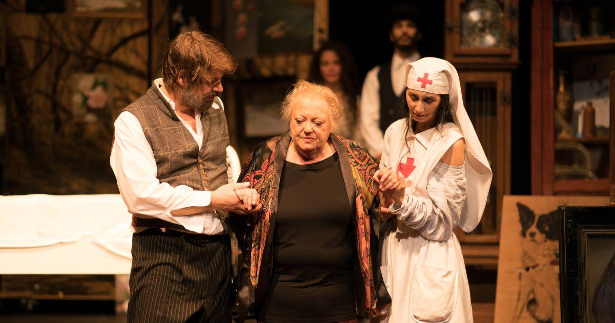 Citaten Oorlog En Terpentijn : Recensie theaterbewerking 'oorlog en terpentijn van jan