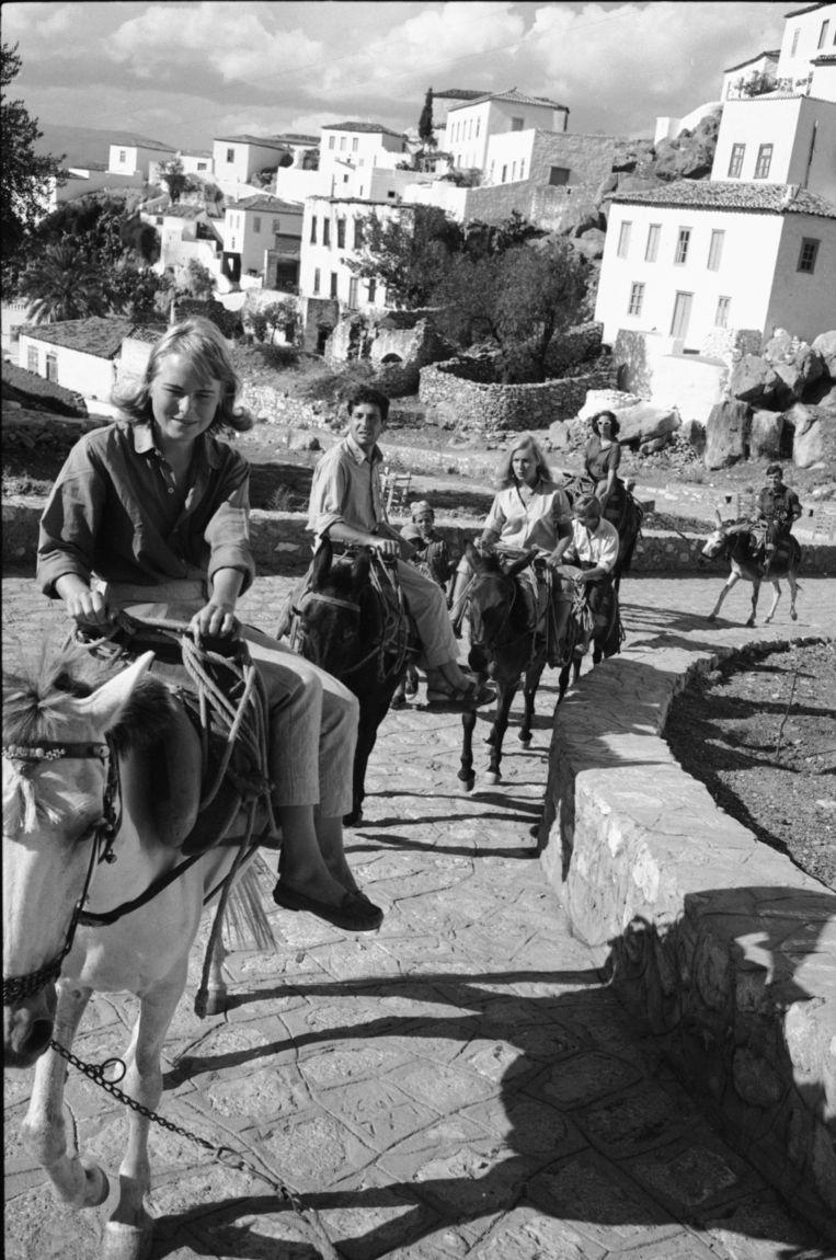 Marianne Ihlen en Leonard Cohen op het Griekse eiland Hydra, 1950.  Beeld LIFE Picture Collection/ Getty