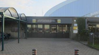 Gemeente richt coronawachtpost in aan sporthal Den Uyt