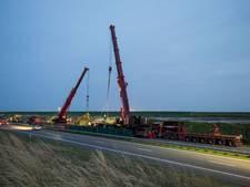 Dit zijn de beelden van de berging van de gekantelde vrachtwagen