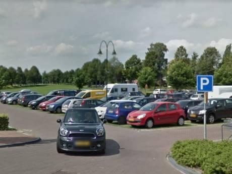 Ommen wil meer parkeerplekken bij de Voormars