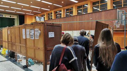 """Amper problemen in stembureaus kanton Vilvoorde: """"Vlotste verkiezingen in tijden"""""""