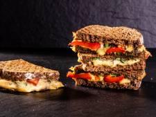 Wat Eten We Vandaag: Tosti met pesto en gegrilde groente