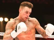 Nieky Holzken krijgt kans in Champions League van het boksen: 'Ik kom je verslaan'