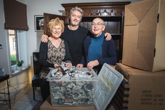 Bea en Marcel zijn volop aan het inpakken: op 7 december verhuizen ze, naar een flat vlak bij zoon Kurt.
