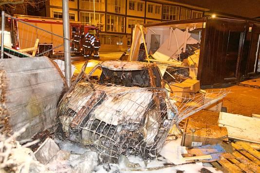 De auto die uit de bocht vloog en afbrandde in Boskoop